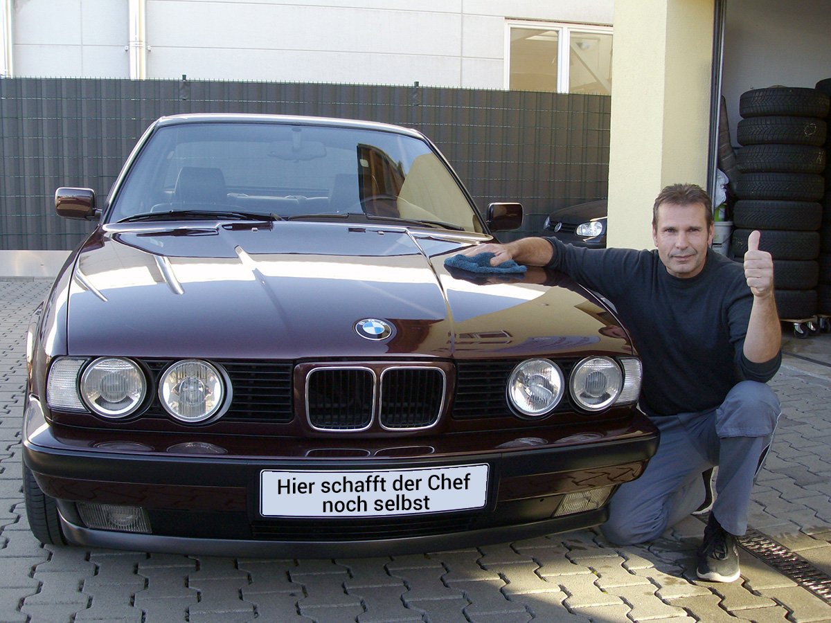 Autopflege Thomas Engelhardt – Hier schafft der Chef noch selbst